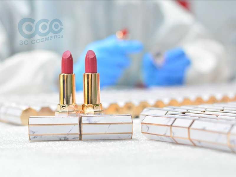 Sản phẩm son môi 3C Cosmetics sản xuất