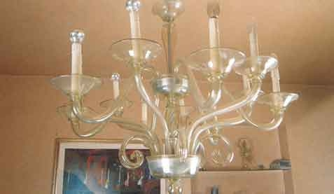 Superb Chandelier glass blown and made by hand in straw colored glass