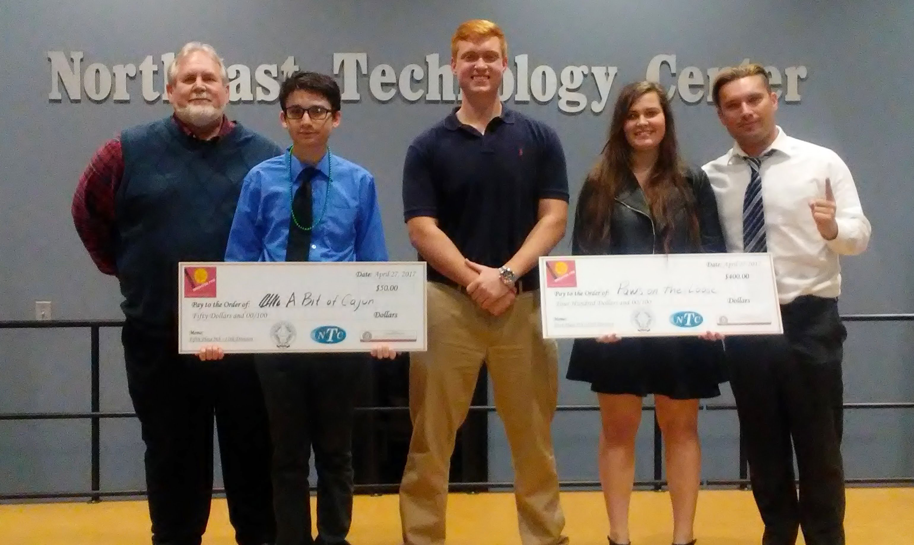 BHS Business Students Place in Business Competition