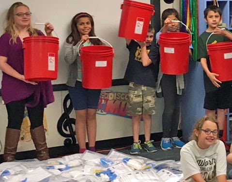 Students prepare buckets