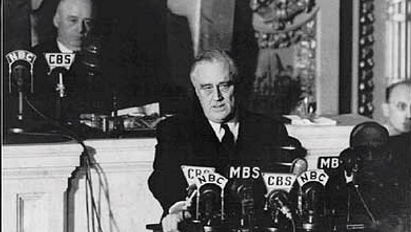 https://sites.google.com/a/bsd7.org/america-combo/_/rsrc/1429735646178/workshops/-a-day-of-infamy-analyzing-fdr-s-speech/fdr0906b1.jpg