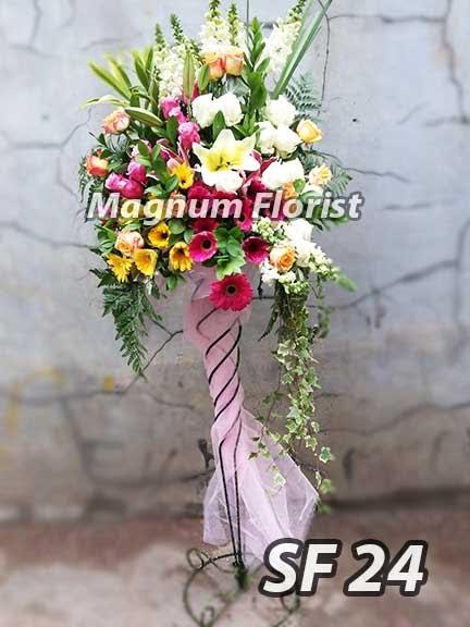 Rangkaian Bunga Besar dan Bagus