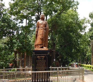 Statue of Rabindranath Tagore in our  Golapbag Campus