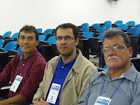 Da esquerda para a direira: o vice diretor do CEEI, professor Jorge César Abrantes Figueiredo, e servidores técnicos administrativos Alex Oliveira e Edivandro Barros.