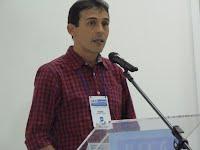 Discurso do professor Jorge César Abrantes Figueiredo.