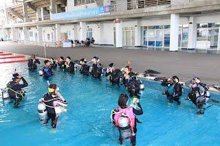 ณ ศูนย์กีฬาทางน้ำ มหาวิทยาลัยธรรมศาสตร์ รังสิต