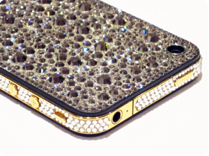 Click here to see pictures of Swarovski iPhone 4 Ultimate Edition Service!