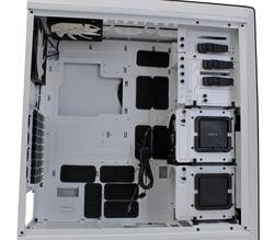 NZXT Switch 810 2