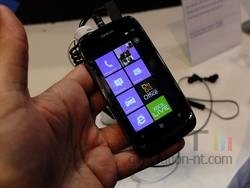 Nokia Lumia 610 01