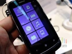 Nokia Lumia 610 02