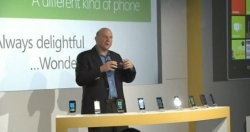 16981_large_Windows_Phone_7_Launch_Ballmer