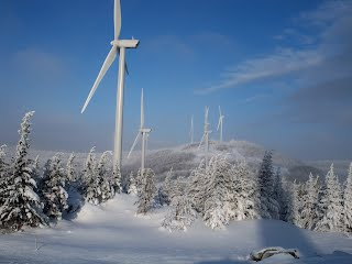 Kibby Mountain wind power plant in Maine, courtesy of Reed and Reed