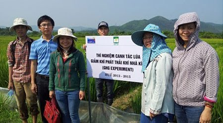 Greenhouse gas Mitigation in Irrigated Rice Systems in Asia