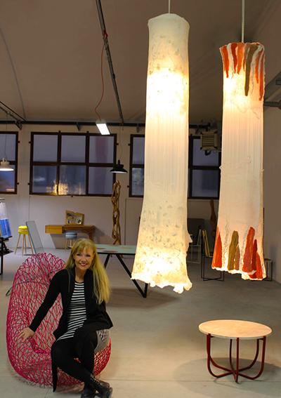 http://www.theinteriordesign.it/articolo/le-lampade-di-judith-byberg-illuminano-lo-showroom-di-tid/1169