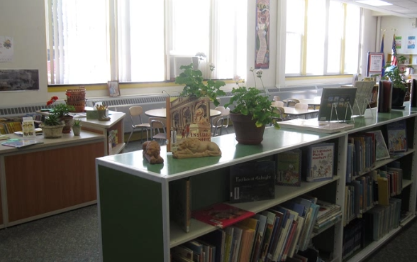 Picture of Center School Library