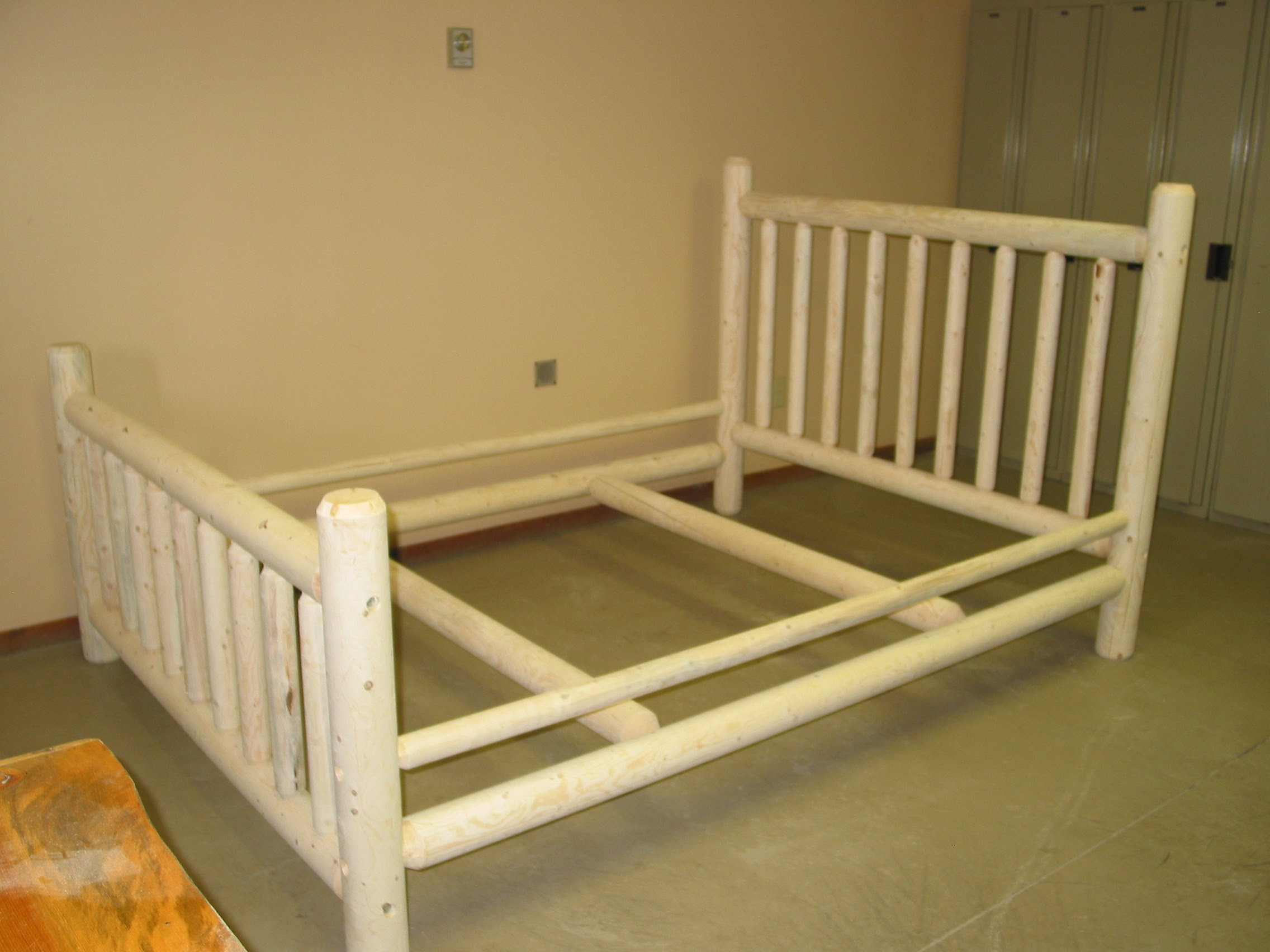 Nice Bed kits use a doweled and socket construction for strength and durability