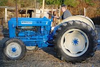 1959 ford 200 antique tractor