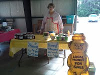 beekeeping pic