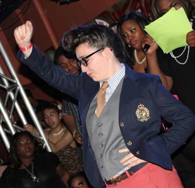 Drag King: Ivan Monae (Oberlin Review, Brannon Rockwell-Charland)