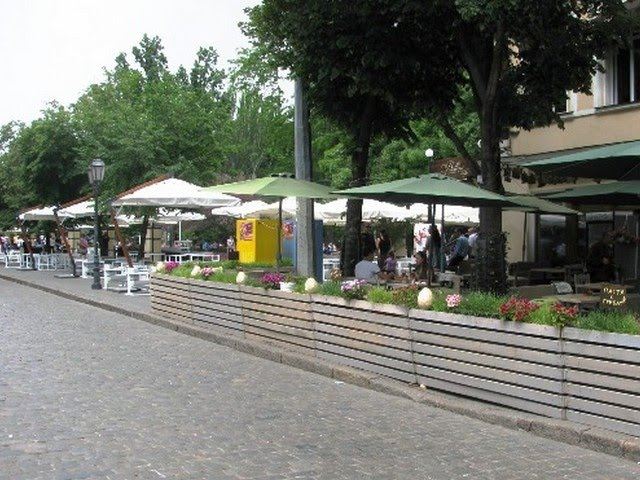 Летние площадки ресторанов и кафе