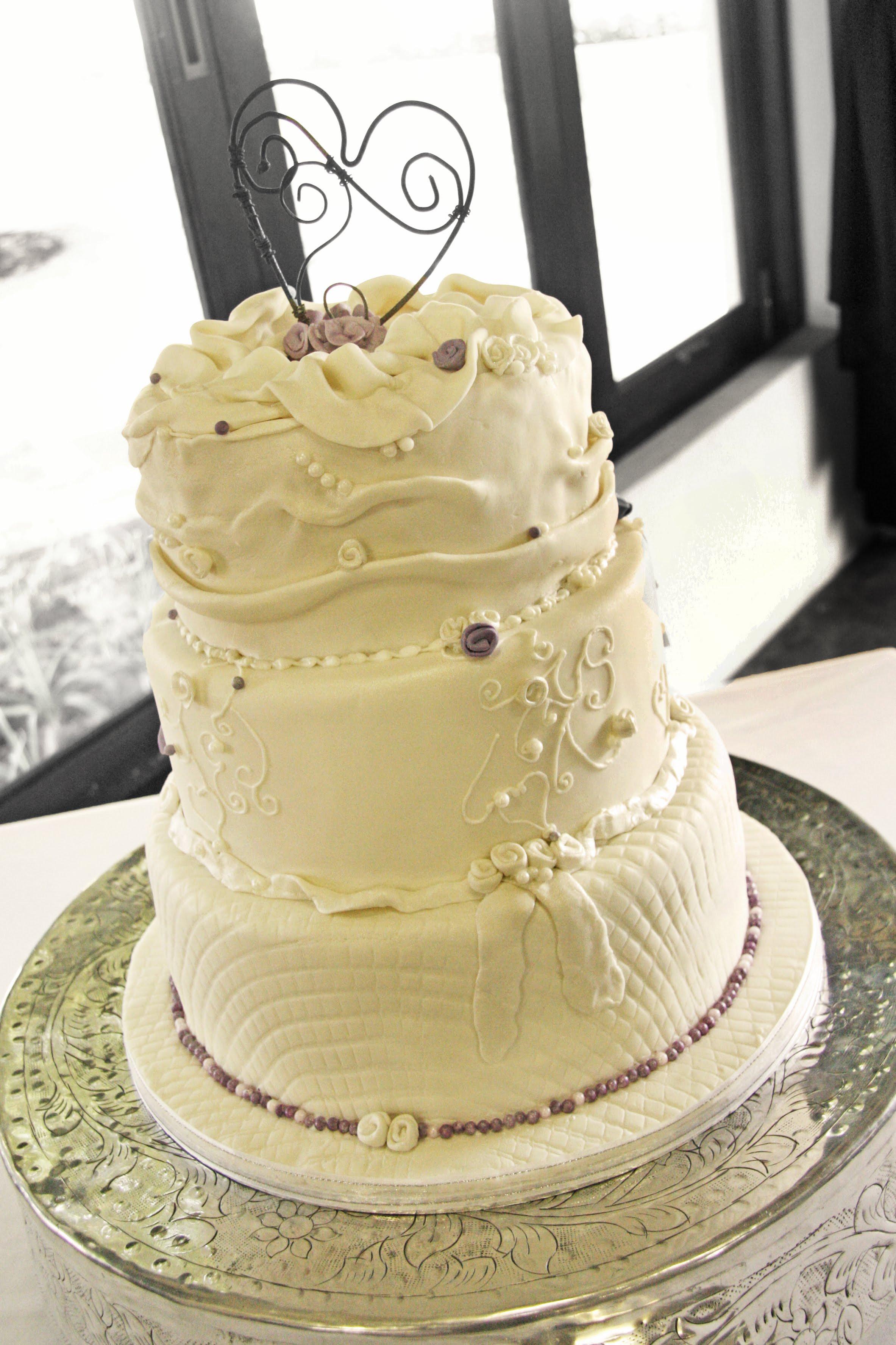 3 Tier Wedding Cakes 85 Luxury At Chocodreamcakes we make