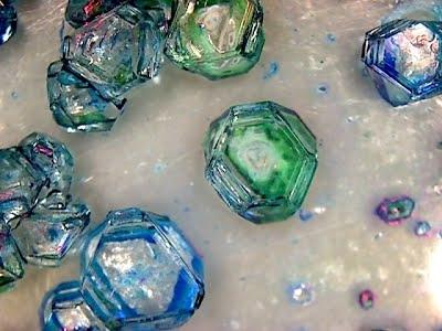 https://sites.google.com/a/prefas.org/les-cristaux/home/Cristal_3.jpg