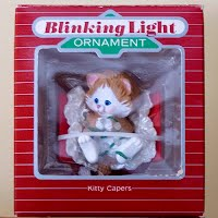 Vintage Hallmark Keepsake 1988 Magic Blinking Lights Kitty Capers Ornament
