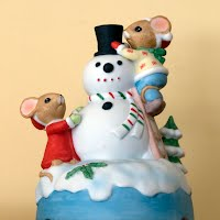 Vintage Snowman and Mice Music Box, Winter Wonderland 1983