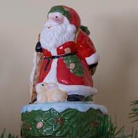 Vintage Ceramic Santa Music Box, Santa Claus is Coming to Town