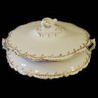 Antique Porcelain Homer Laughlin. Hudson Covered casserole Dish