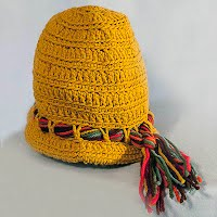 Vintage Hand Knit Yellow Cloche Hat