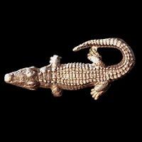 Vintage Metal Alligator Lapel Pin