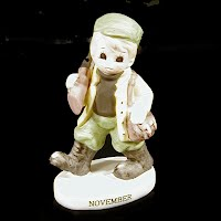 Vintage Lefton Hunter Figurine