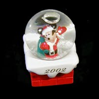 Vintage Mickey Mouse small snow globe, 2002