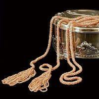 Antique and vintage necklaces, antique and vintage jewelry