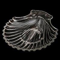Vintage Depression Glass Divided Shell Fruit Pattern Dish