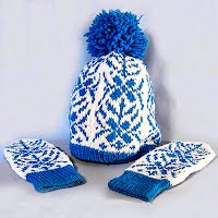 Vintage Hand knit Blue and White Hat and Mittens