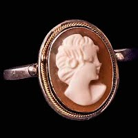 Vintage Handcrafted Shell Cameo Silver Ring