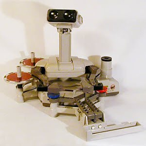 Vintage Original NES Nintendo Robot Operating Buddy with Gyros