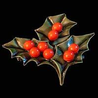 Vintage Holly Pin