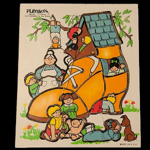 Vintage Playskool Old Woman in the Shoe Children Wooden Puzzle