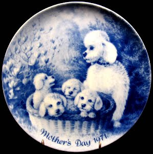 Vintage Blue and White 1971 Mothers Day Plate