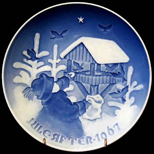 Vintage Blue and White 1967 Christmas Plate