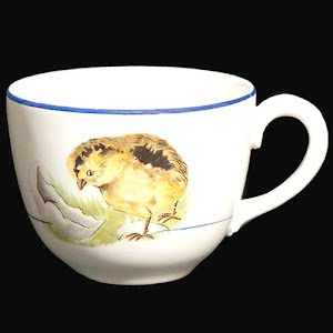 Antique Porcelain Cup with chick