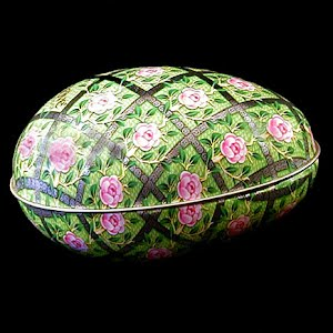 Vintage Large Tin Dove Candy  Easter Egg