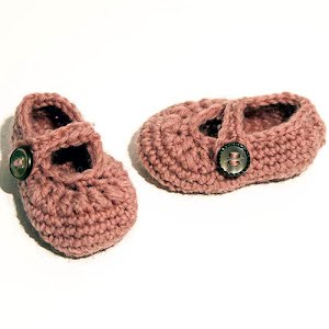Handmade Crocheted Pink Mary Jane Baby Shoes