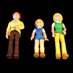 Vintage 1970 Fisher Price dollhouse People Dolls