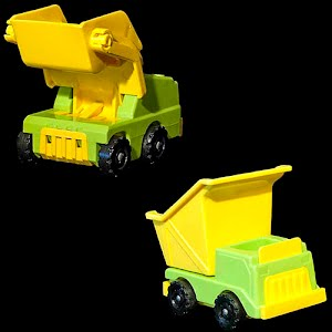 Vintage Little People Construction Lift N Load Dump truck and Loader plastic toys