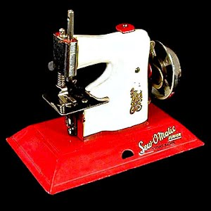 Metal Toy Sew O Matic Junior Sewing Machine Toy