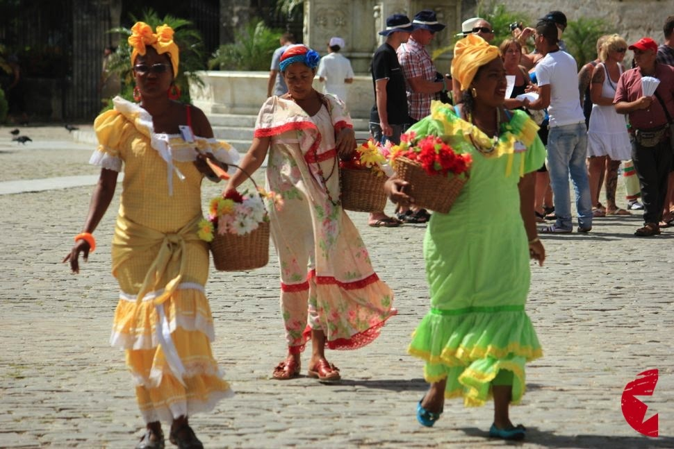 What type of clothing is worn in Cuba?